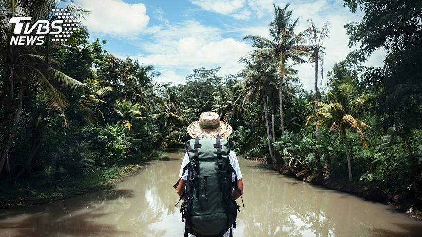 示意圖/TVBS 旅遊破壞環境多  7方法做環保旅人