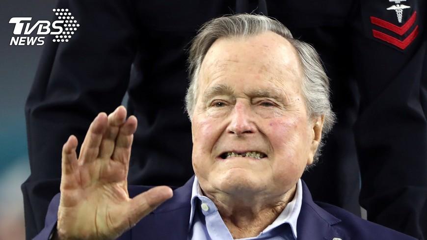 圖/達志影像路透社 美前總統老布希患輕微肺炎 入院治療