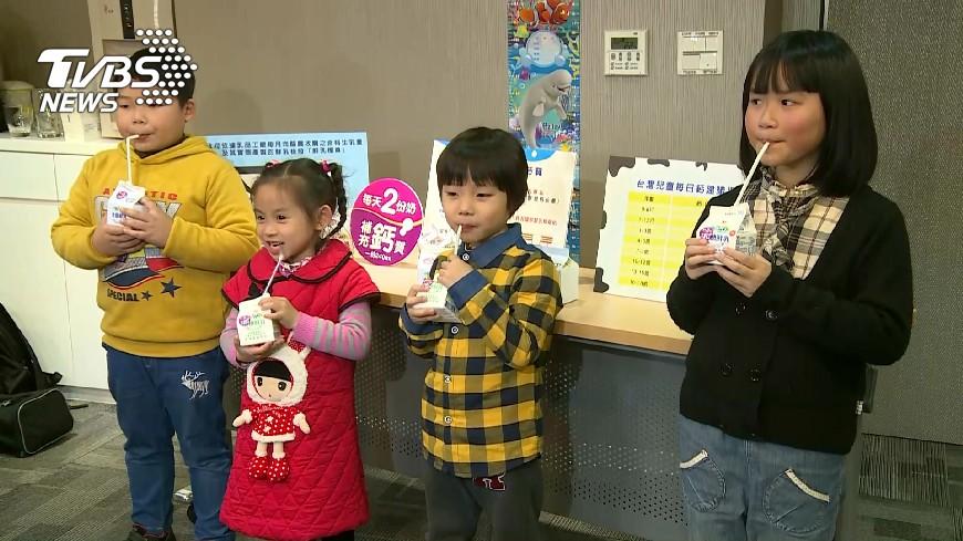 圖/TVBS 怕孩子吃不夠! 逾5成家長幫補保健食品