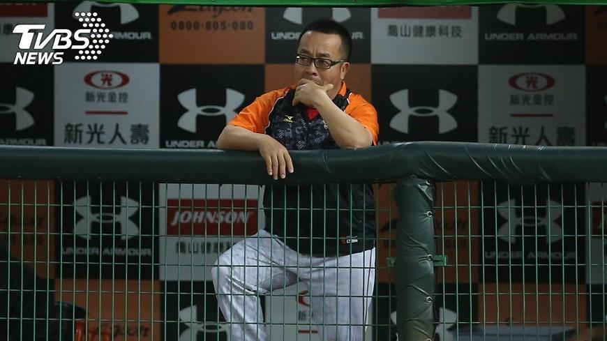 圖/中央社 職棒翻譯20年 蘇元泰盼給台灣棒球幫助