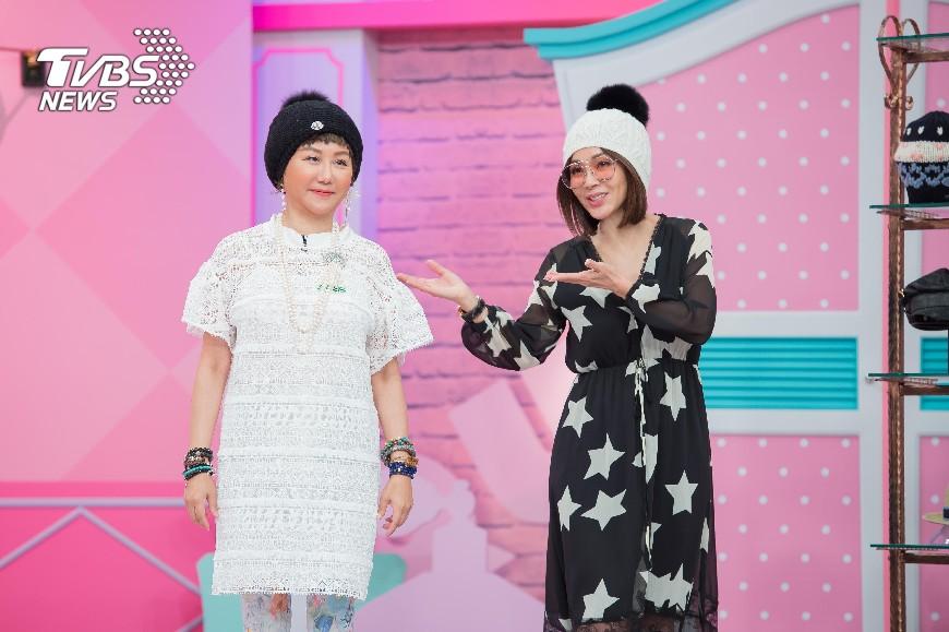 藍心湄(左)與陳美鳳(右)是多年摯友。圖/TVBS