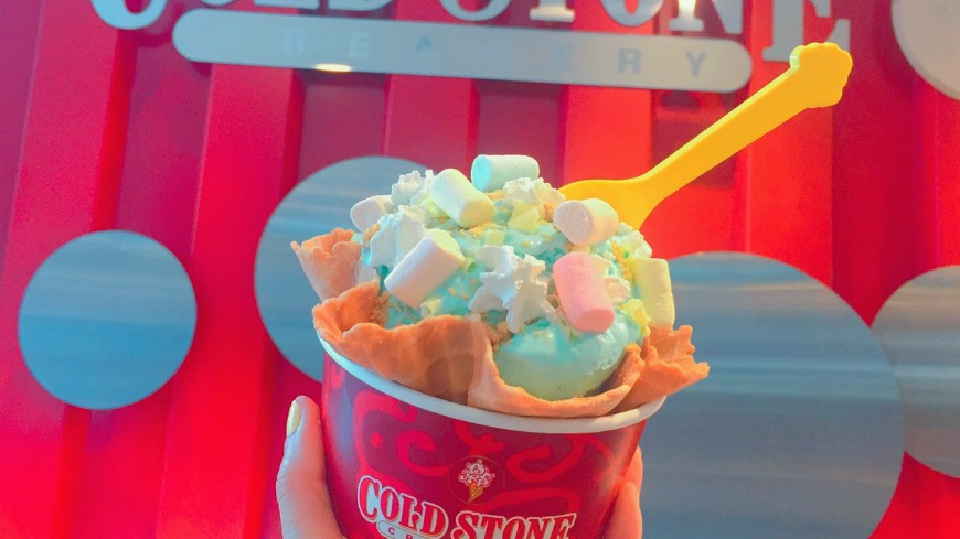 業者提供 地球一手拿!藍色棉花糖冰淇淋 限時回歸