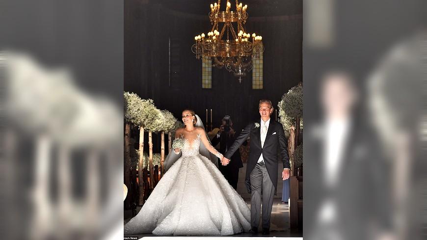 施華洛世奇奢華婚紗 50萬顆水晶上身