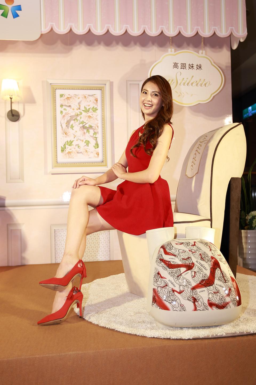 美腿女王韋汝現身台中大遠百 近距離分享美腿保養密技