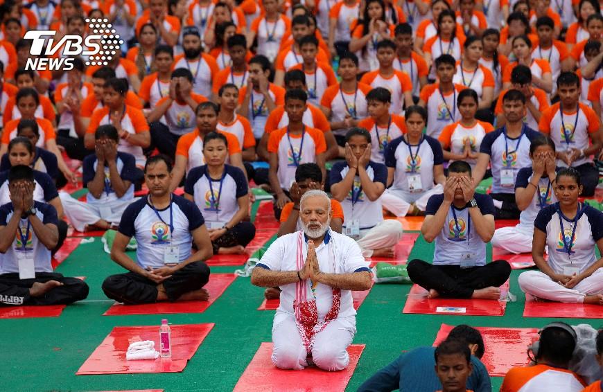 圖/達志影像路透社 印度軟實力出頭 行銷瑜伽提高就業機會