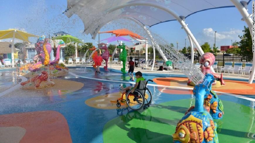 全球首座無障礙水上樂園 8月德州開幕