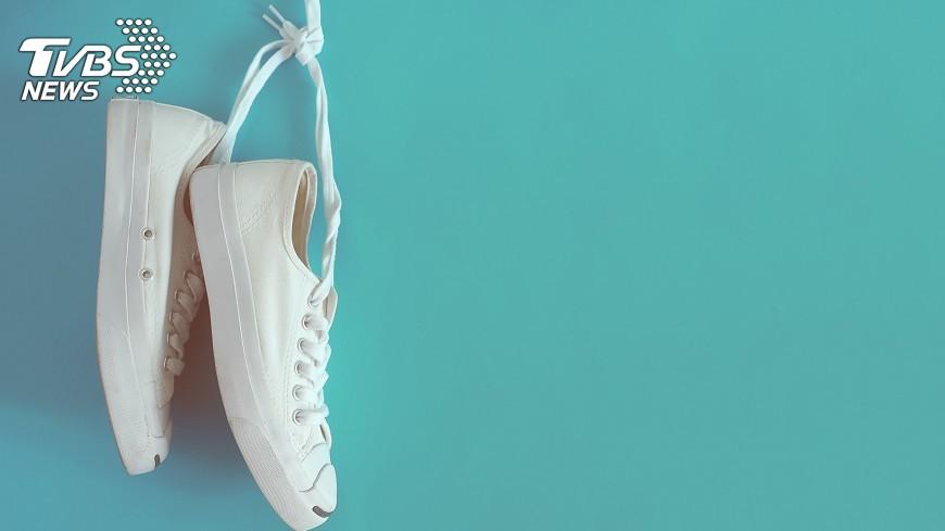 示意圖/TVBS 丟了一隻鞋 英男童被母親男友毆打致死