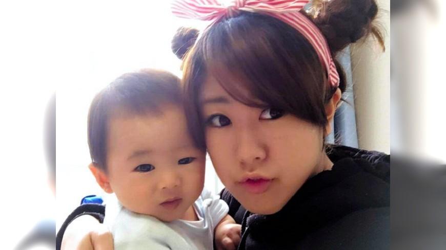 圖/取自《朝日新聞》 緊緊抱著1歲兒…九州暴雨釀災 年輕媽護子同罹難