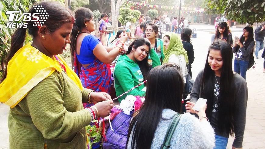 圖/中央社 印度已婚婦女身材多發福 事關傳宗接代