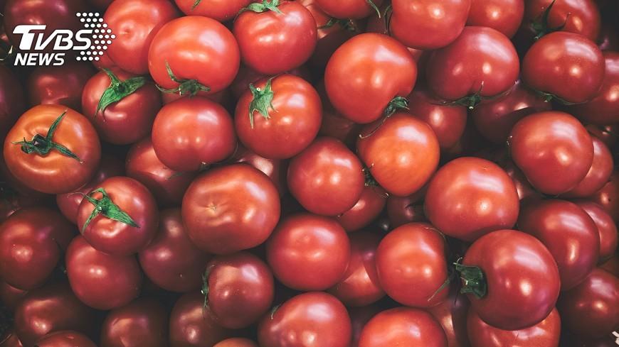 示意圖/TVBS 番茄價格飛漲 印度警衛持槍防搶