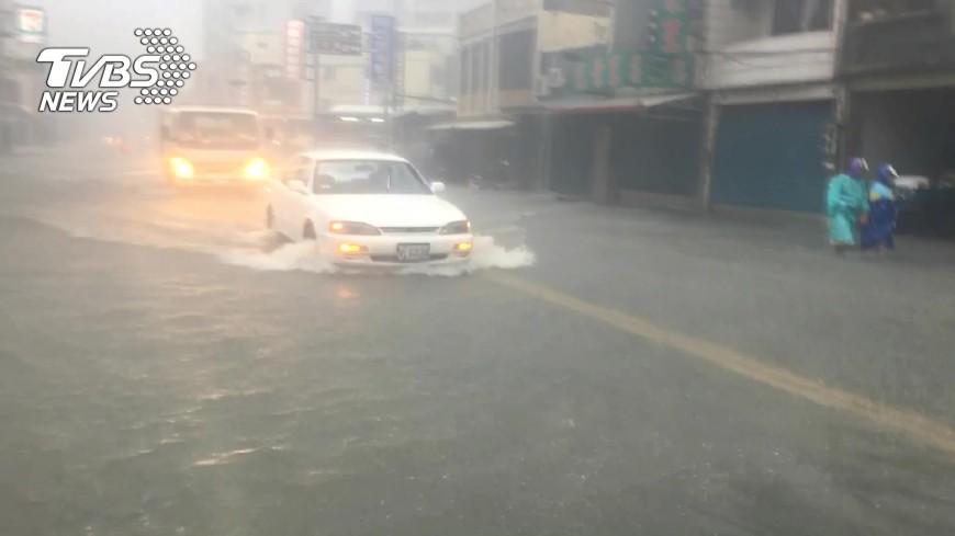 圖/TVBS資料畫面 颱風泰利來勢洶洶 水利署防汛整備