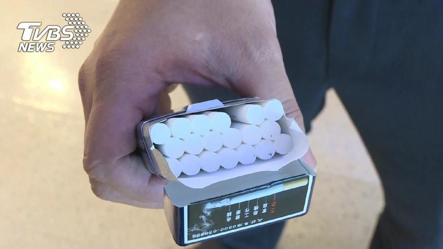示意圖,與本事件人物無關。圖/TVBS資料畫面 女上網賣一條免稅菸 同樣認定「私菸」挨罰3萬