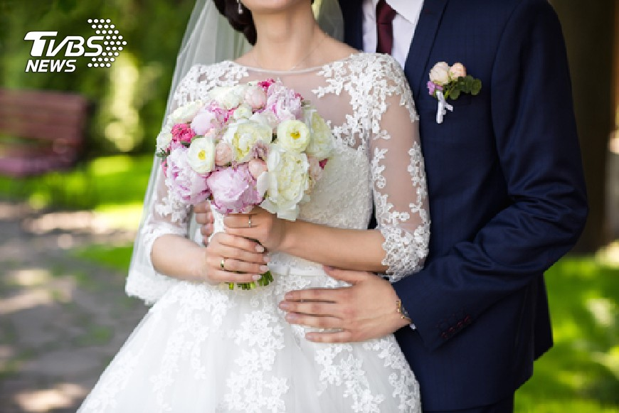 圖/TVBS示意圖、爆料公社 迷信?懷孕參加好友婚禮 她被新娘狂譙「祝你流產」