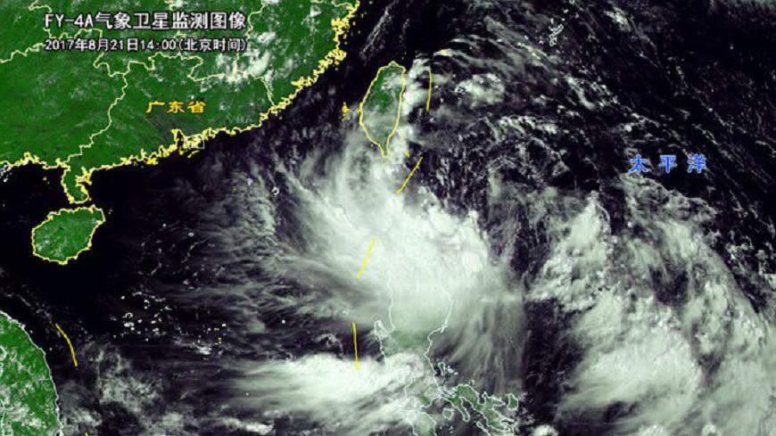 圖/取自大陸微博 蛤?天鴿肆虐港澳 台灣被罵「沒盡幫大陸擋颱風義務」