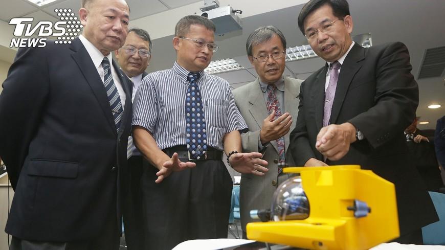 圖/中央社 台灣首艘水下載人載具 5年內打造完成