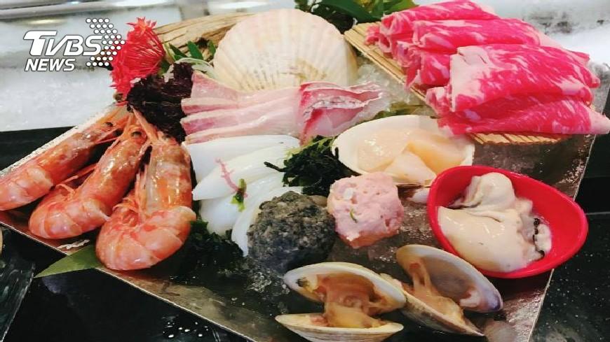 飯店推超值鍋物 不用一千爽吃海陸盛宴