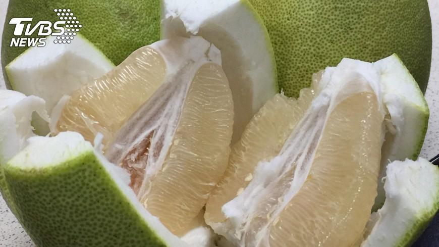 圖/中央社 文旦柚產季 掌握好吃3秘訣