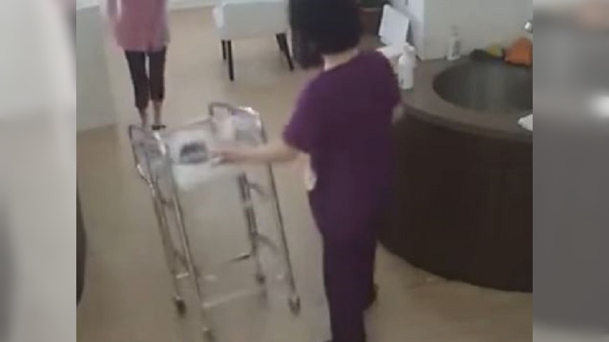 太粗心!護士推翻嬰兒車  陸家長索賠數十萬