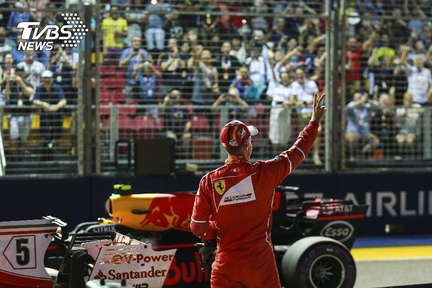 圖/達志影像美聯社 F1新加坡大獎賽 法拉利隊維泰爾奪桿位