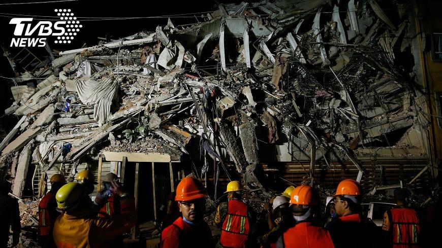 圖/達志影像路透社 墨西哥強震216人罹難 小學樓塌21學童死