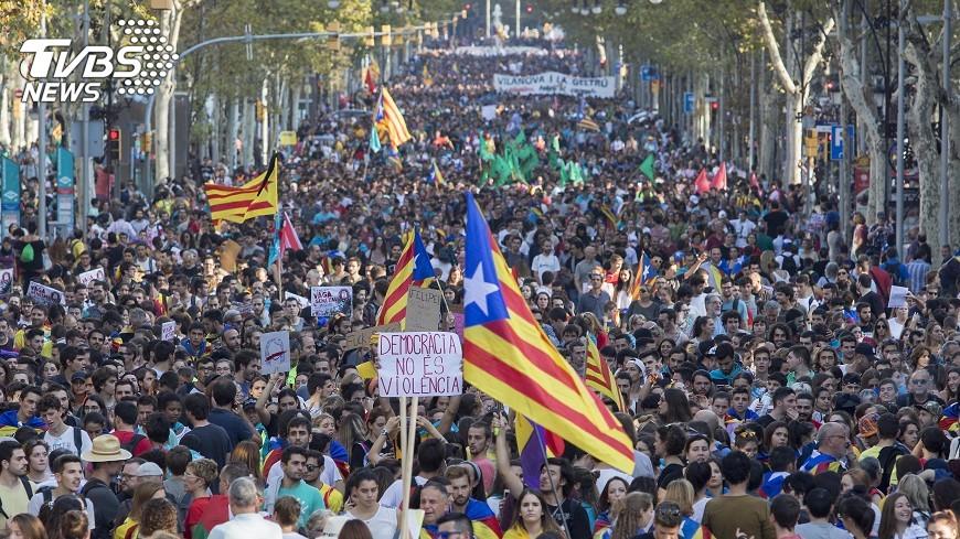 圖/達志影像美聯社 加泰隆尼亞擬9日宣布獨立 西班牙拒談判