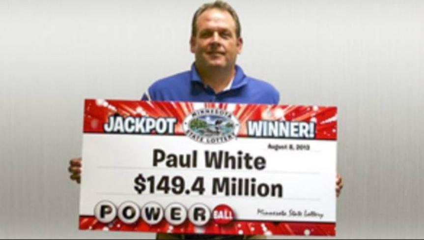 保羅中了1.49億美元的彩金。(截自Powerball) 他彩券中45億!帶老闆去領獎爽嗆:你可以當我司機