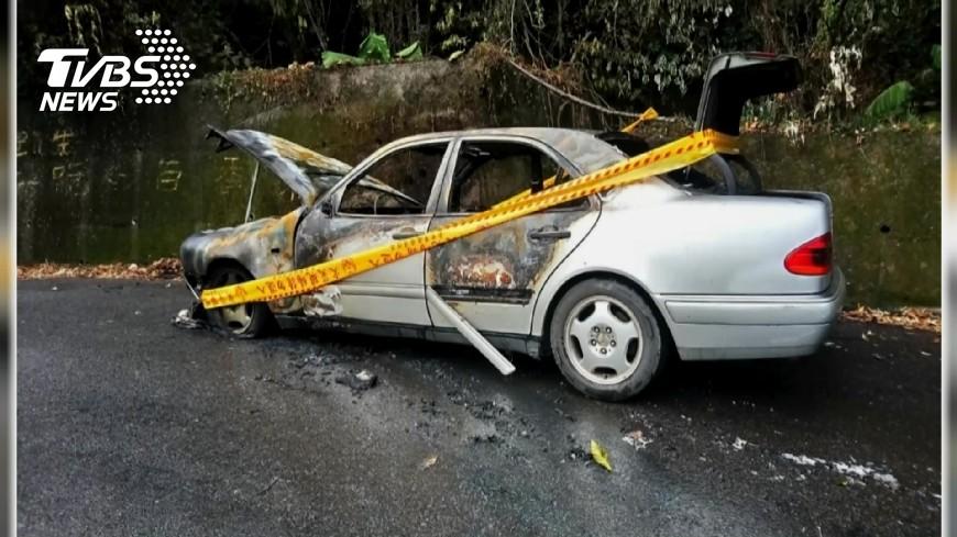 圖/TVBS 碰!轎車成火球 傳陣陣爆炸聲警消搶救