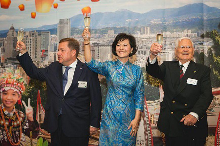 圖/中央社 奧地利代表處國慶酒會 凸顯台灣活力熱情