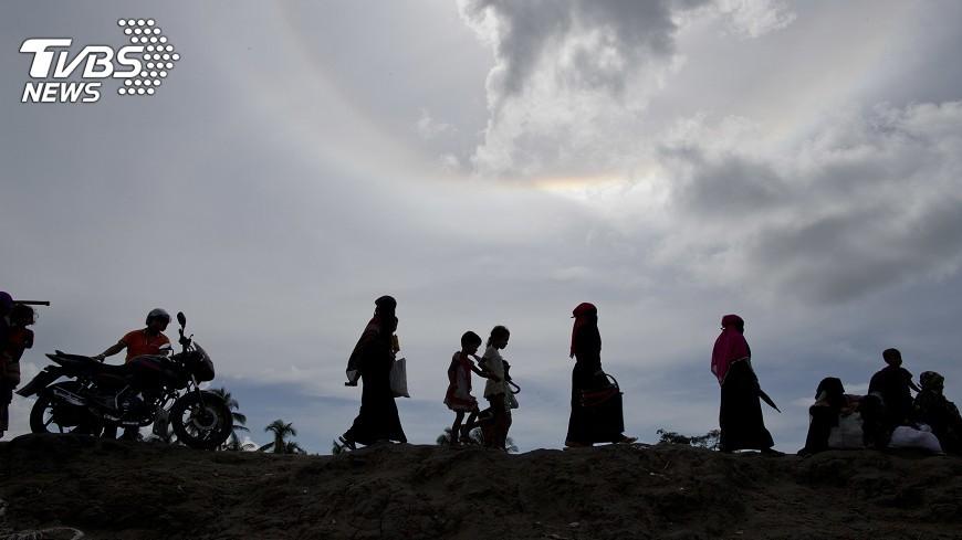 圖/達志影像美聯社 駁種族清洗 緬軍頭稱洛興雅難民數誇大