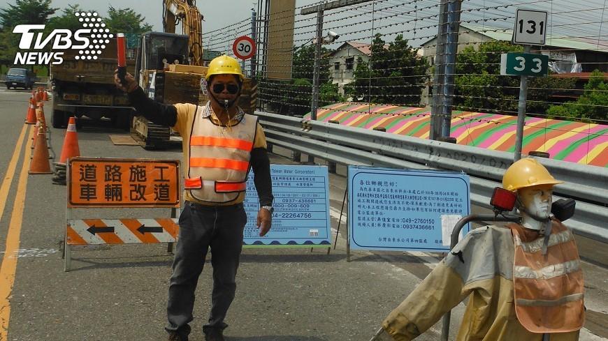 圖/中央社 水里汰換舊水管 日減500公噸漏水