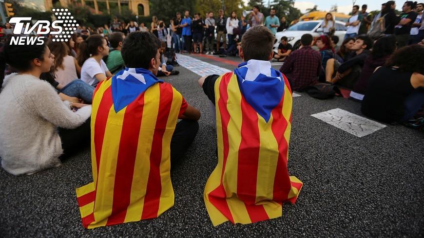 圖/達志影像路透社 西政府:啟動憲法 中止加泰隆尼亞自治