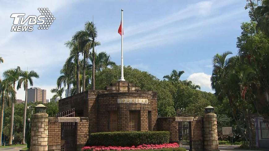 圖/TVBS 全球大學就業排行榜  台科大65、台大122