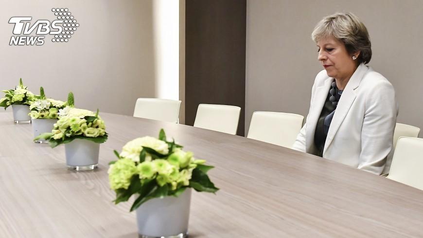 圖/達志影像美聯社 傳梅伊懇求協助脫歐談判 榮科斷然否認