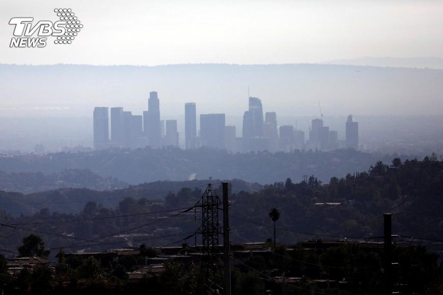 圖/達志影像路透社 洛杉磯高溫飄至40度 打破當地百年紀錄