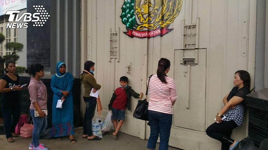 圖/中央社 鈔票換不到冥紙 台人印尼涉毒的背後