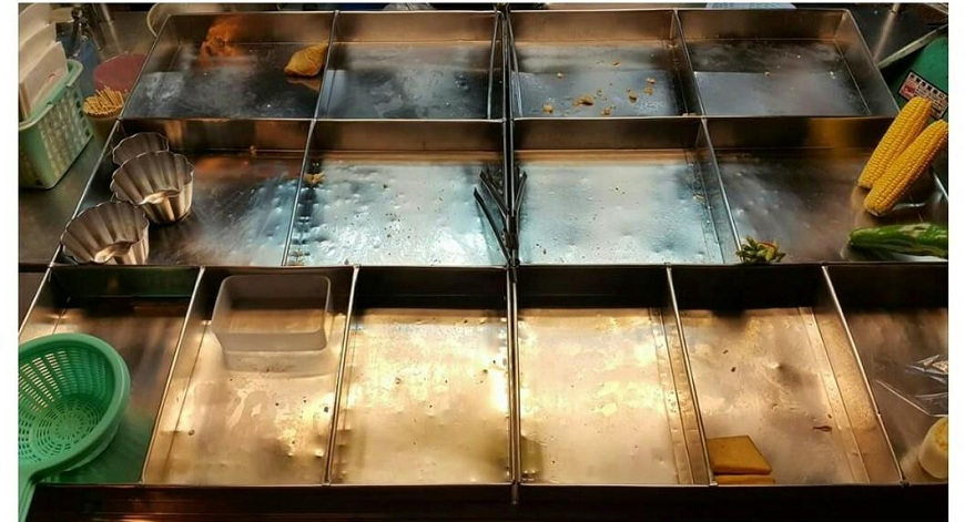 有網友分享自己的鹽酥雞食材賣得差不多了準備收攤,沒想到一名婦人竟然嗆他:我要告你!(圖/翻攝自爆料公社臉書粉絲團) 哪招?婦沒買到鹽酥雞 惱怒嗆老闆「我要告你」