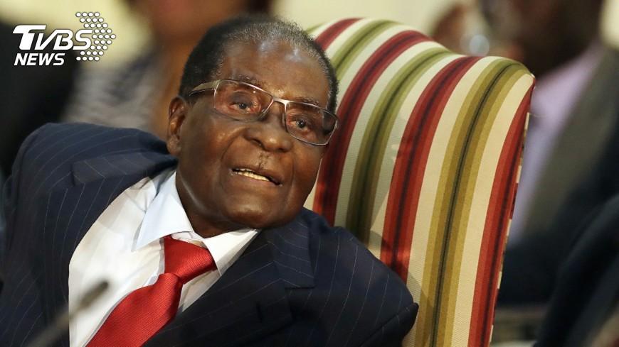 圖/達志影像美聯社 力抗軍方壓力   辛巴威總統堅持不退