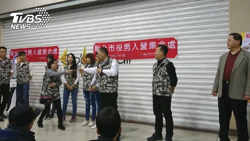圖/TVBS 學長畢業沒兵當! 「在校暑期兵」名額砍半