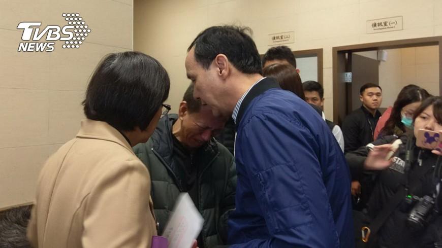 圖/中央社 中和大火 死者家屬籲嚴懲縱火嫌