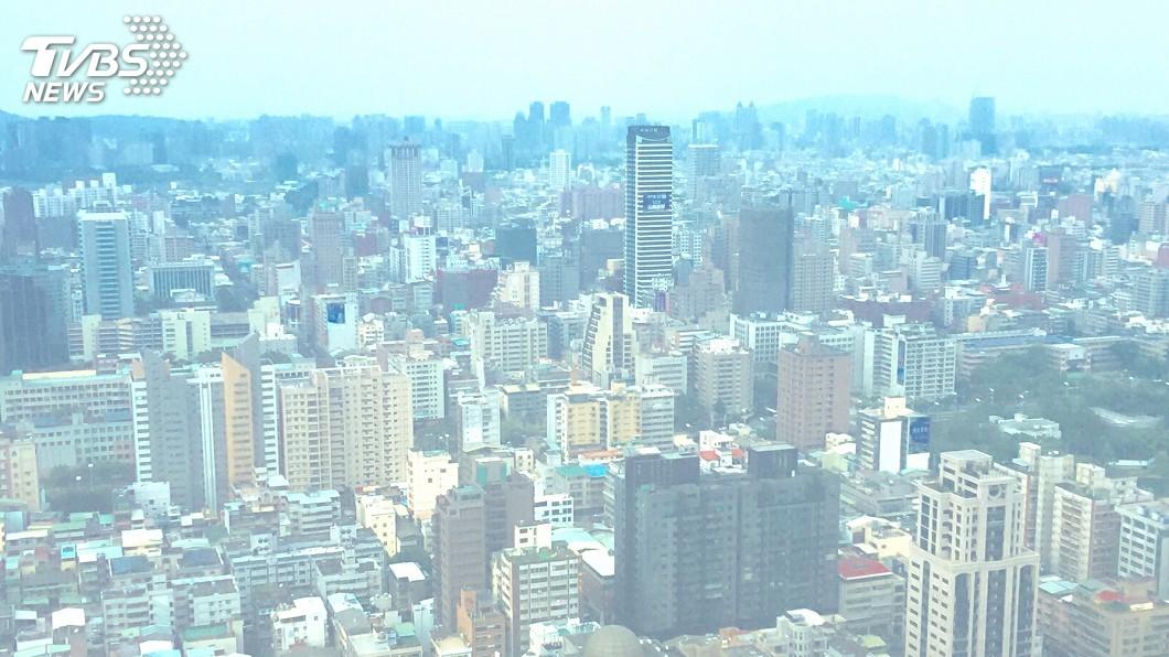 圖/中央社 秋冬空污季 擴散不佳、境外空污移入為肇因
