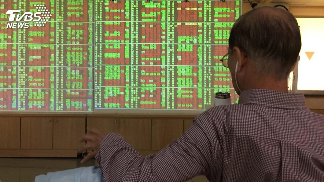 圖/中央社 台股漲逾百點重回10900點之上 蘋概股搶眼