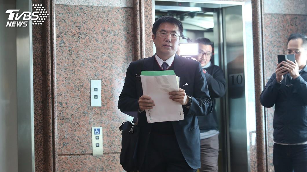 圖/中央社 蘇煥智參選台南市長 黃偉哲:他會搶到一些票