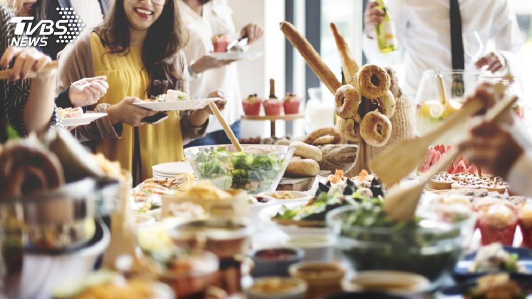 圖/TVBS YA放寒假吃大餐! 網友最愛吃到飽餐廳排行榜