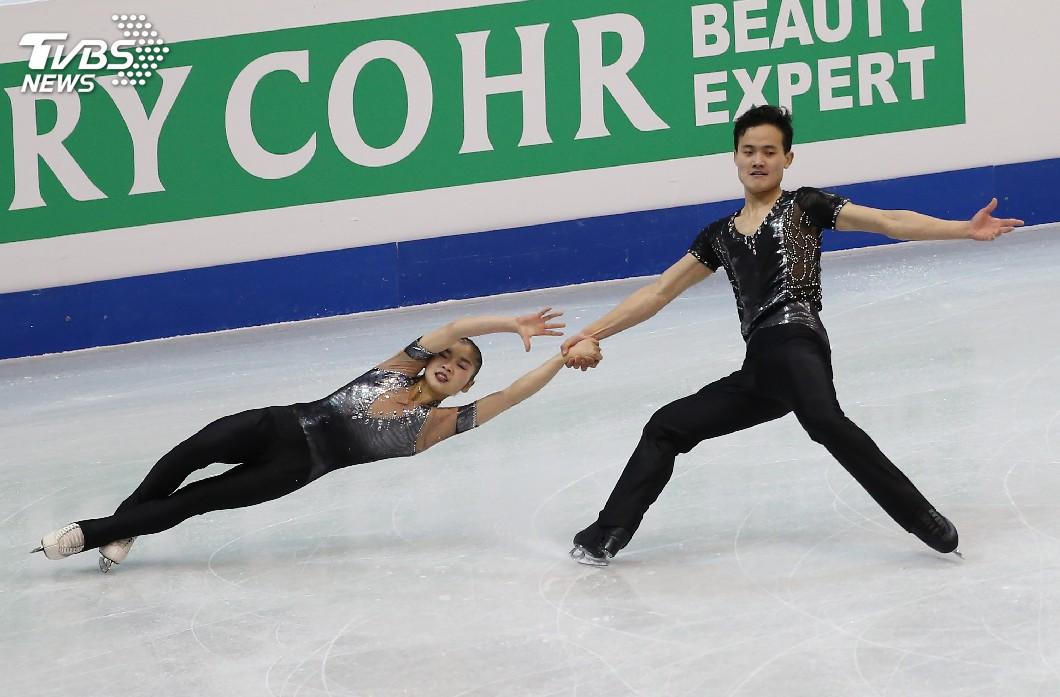 圖/中央社 零失誤完美默契! 北韓滑冰雙人短曲暫居第4