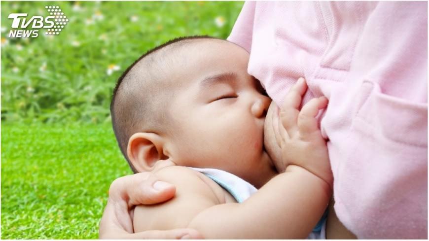 示意圖/TVBS 餵母乳也能小酌 休息2小時再餵奶是訣竅