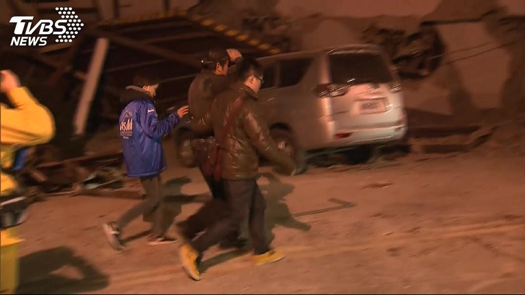 圖/TVBS資料畫面 強震過後…小巨蛋設立收容所 韓媒緊急報導