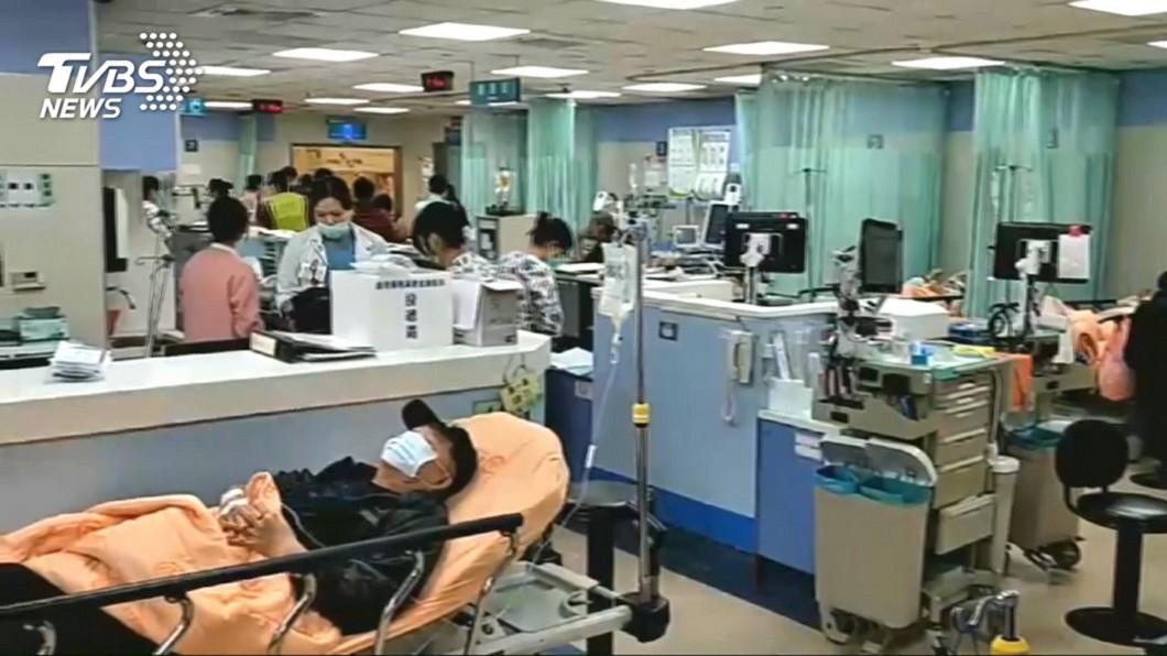 示意圖,與本事件人物無關/TVBS資料畫面 看診要等2.5小時 日本醫院「這一幕」讓她超震撼