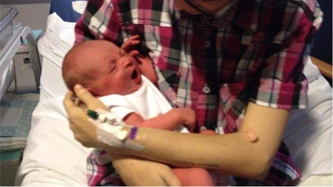 出生14天的男嬰因為虐待失去了他的雙腿