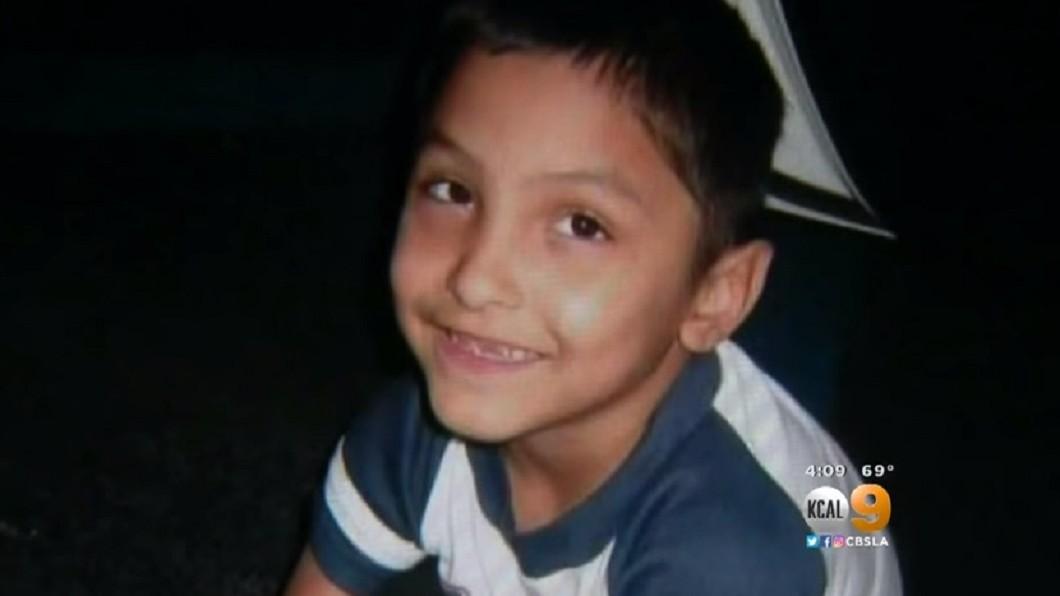 圖/翻攝自YouTube,下同 母疑8歲兒性向!聯手男友打斷他12根肋骨 凌虐慘死