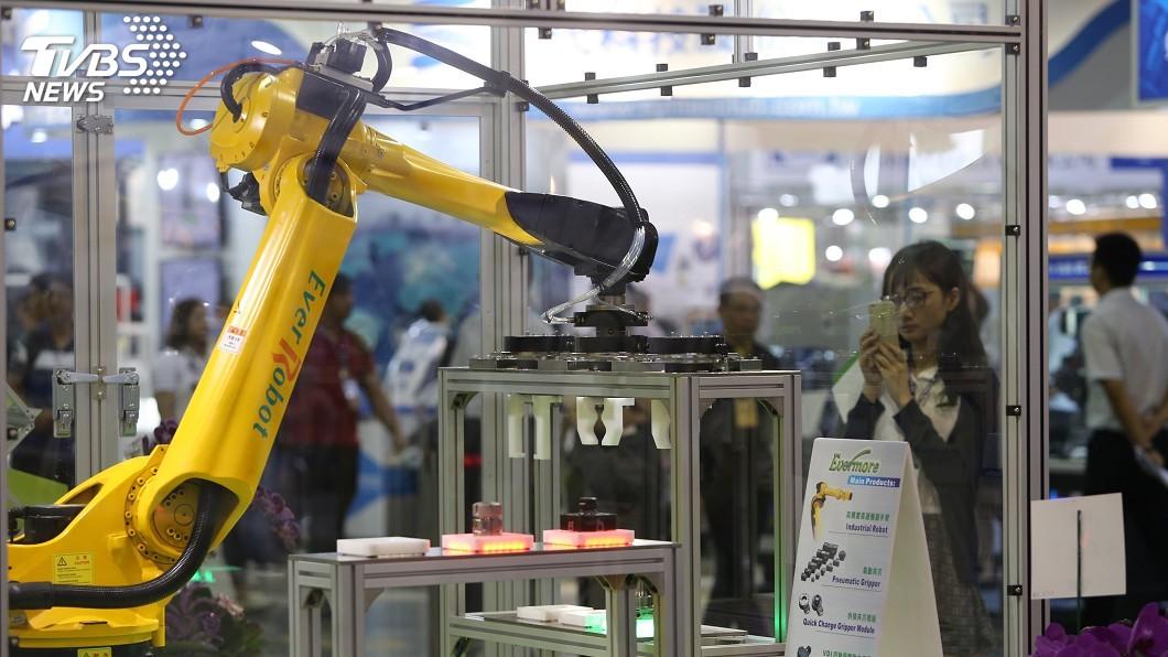 圖/中央社 中國2月製造業PMI50.3  擴張放緩